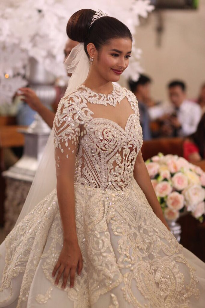 Liza Soberano in wedding gown