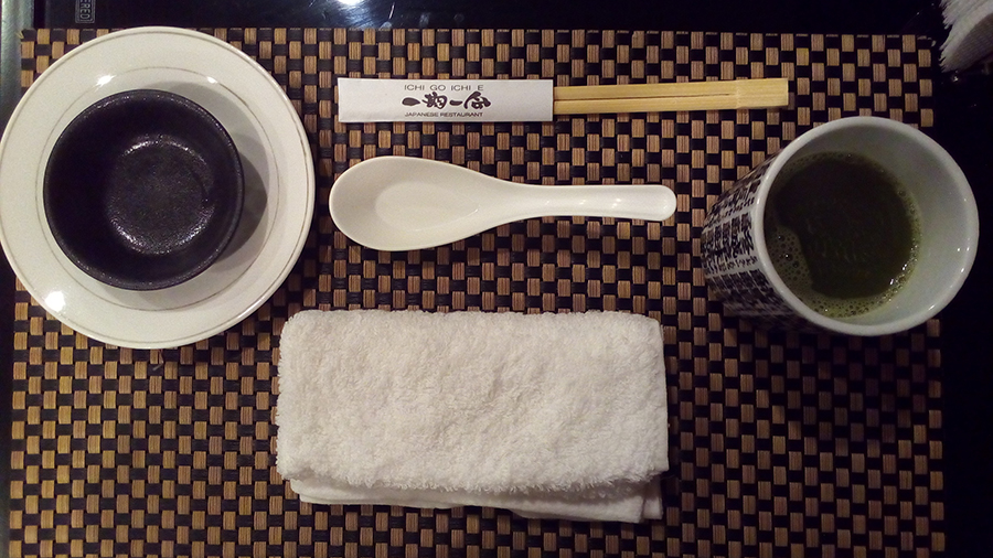 Ichi Go Ichie E towel and tea