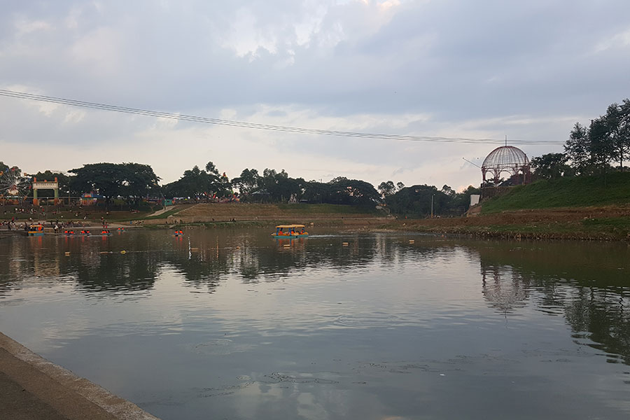 Marikina River Park - Riverbanks Center