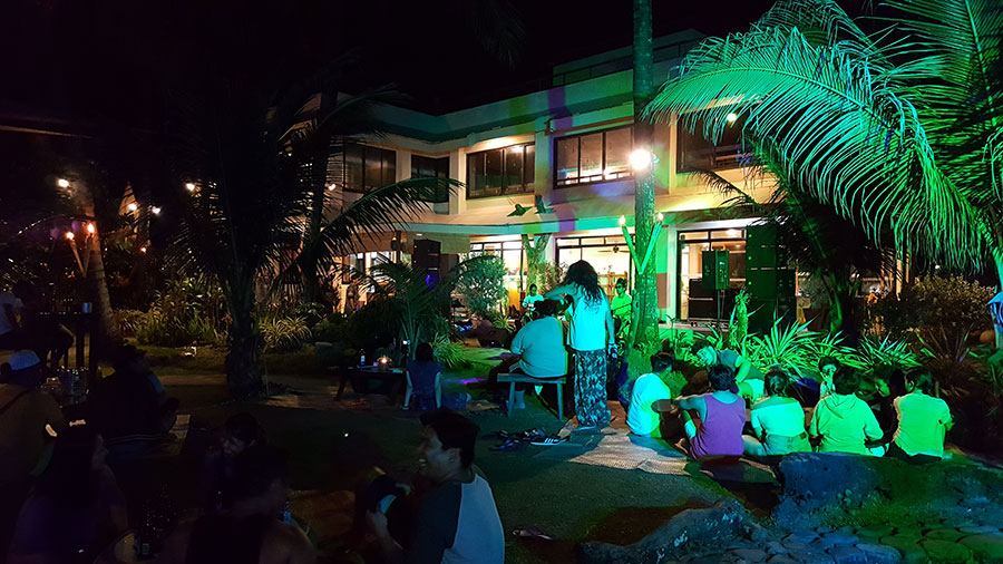Nalu Surf Bar - Sabang Beach Baler
